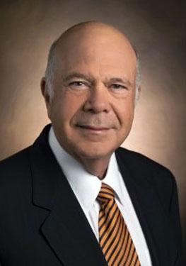 Luis Scheker, MD